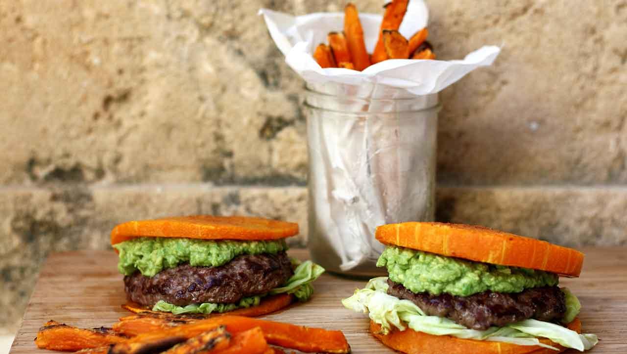 Paleo Burger mit Pommes Frites