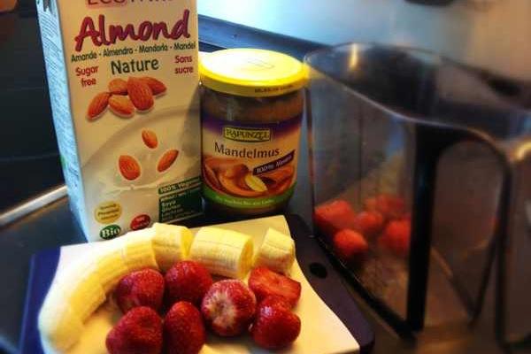 Erdbeer Banane Smoothie Zutaten