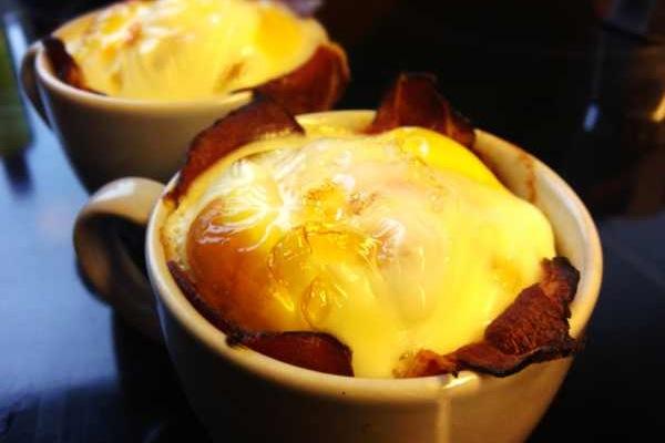 Ofen-Ei mit Schinken: Raffinierte Ei Variante
