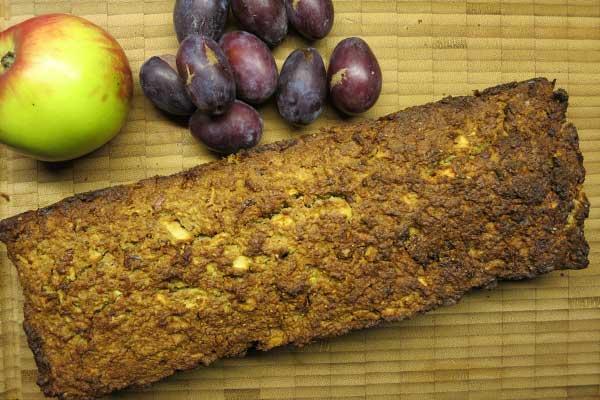 Früchtebrot: Mit Dörrobst und Nüssen