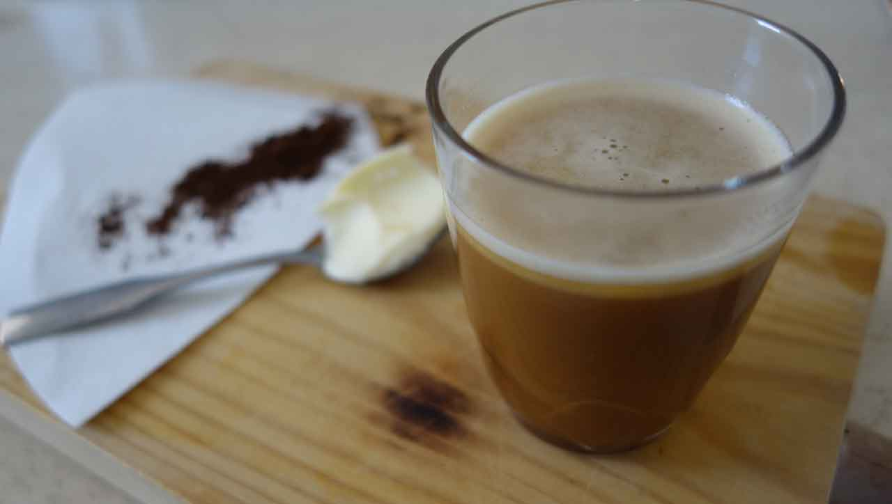 Paleo Power Kaffee / Bulletproof Coffee