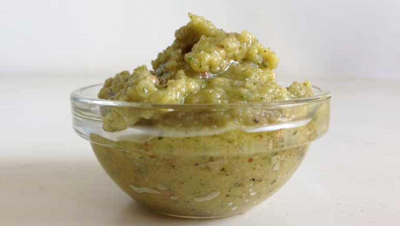 Macadamia Koriander Pesto