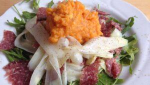 Salat mit Spargelhobel