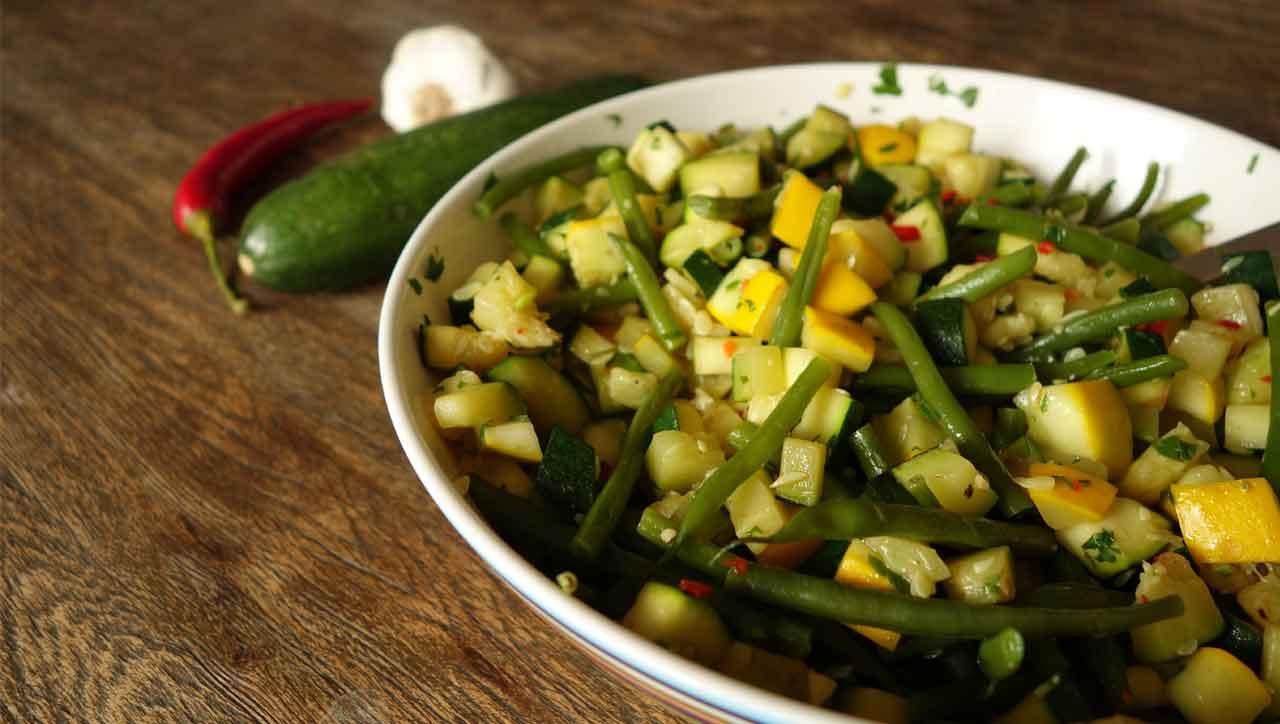 Bohnen Zucchini Salat