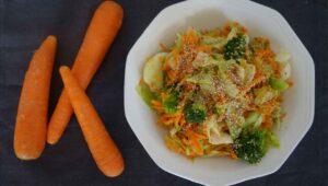 Brokkoli Karotten Salat Rezept