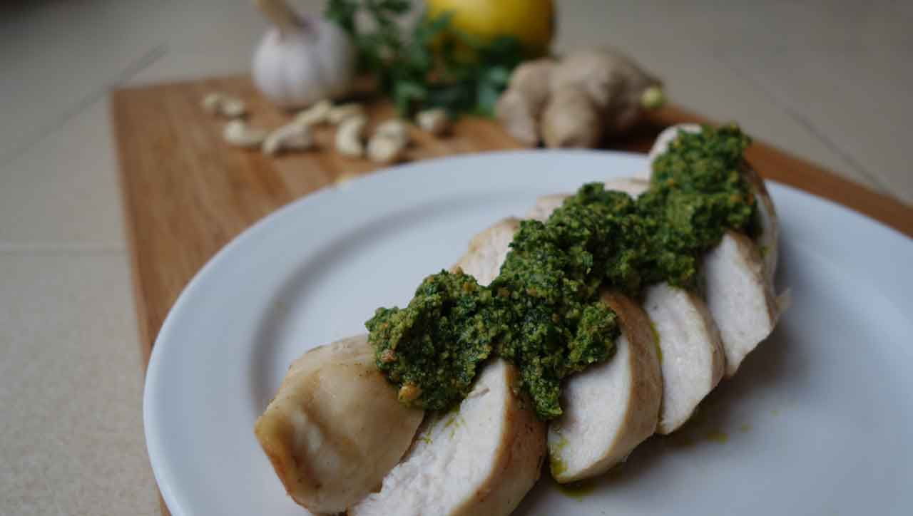 Hühnerbrust mit scharfem Pesto