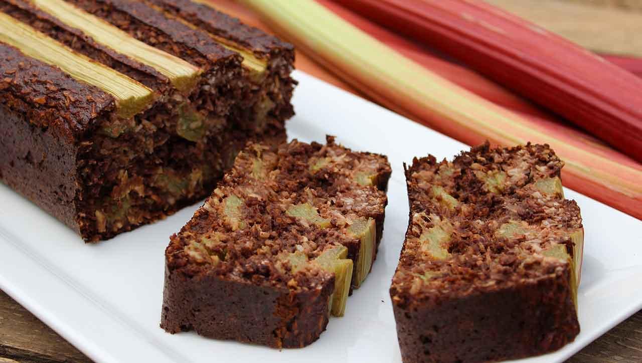 Schokoladiger Rhabarberkuchen
