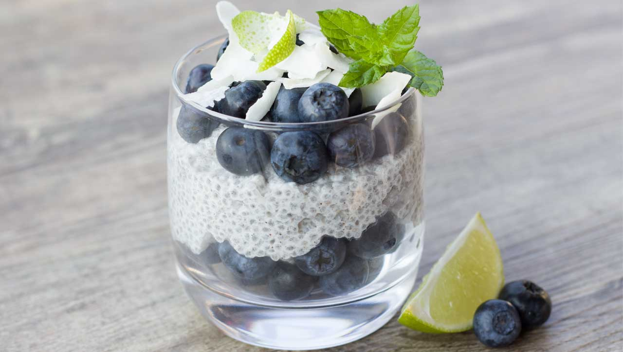 Fit in den Tag mit unserem Kokos Chia-Pudding