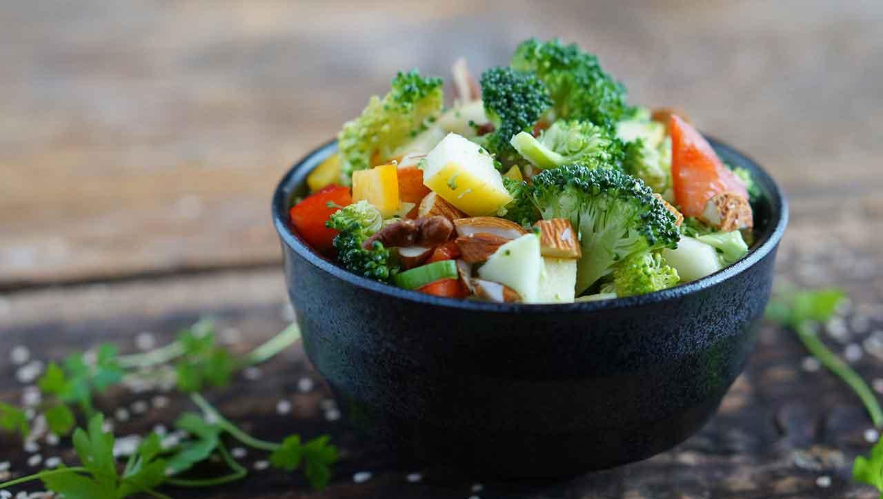 Frisch und knackig - der Brokkolisalat hat uns überzeugt
