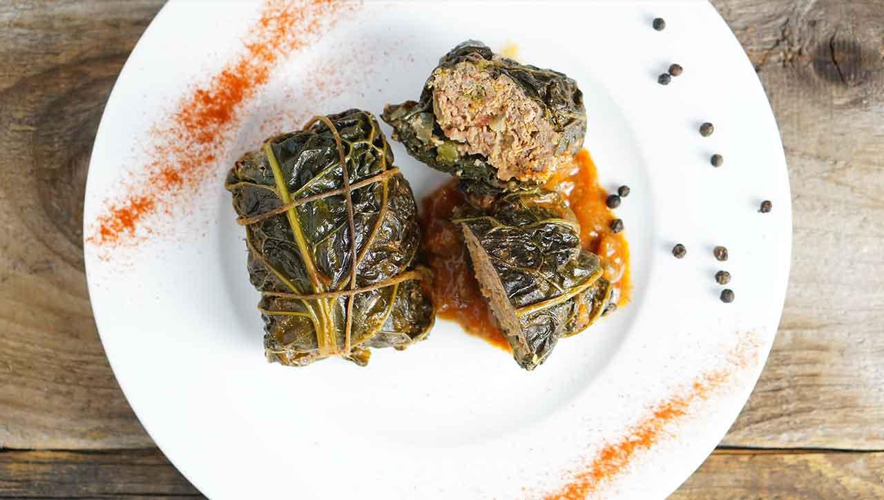 Kohlrouladen kennst du nur aus Omas Küche? Schluss damit - jetzt wird selbst gekocht!